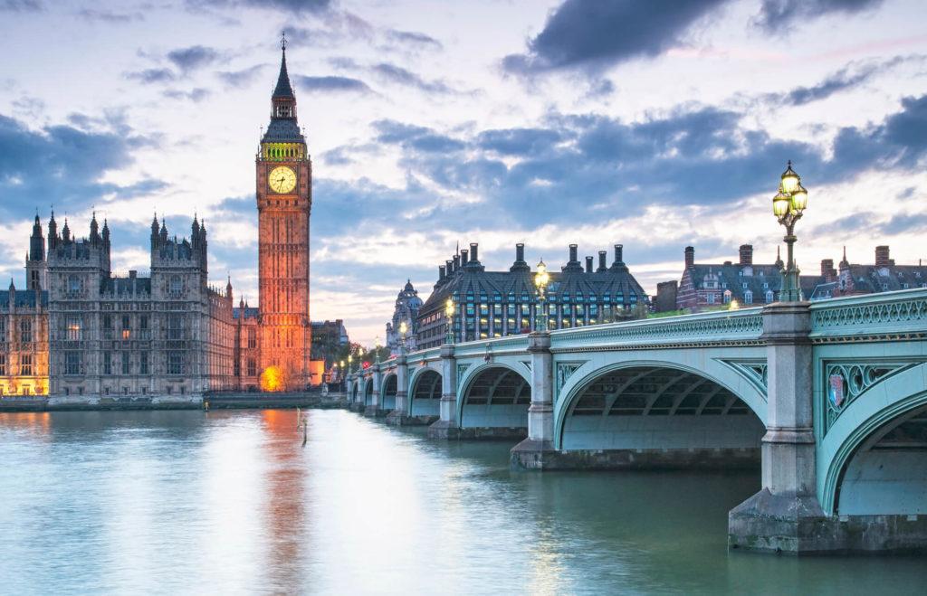 Wakacyjny kurs językowy w Londynie, widok na Big Ben-a