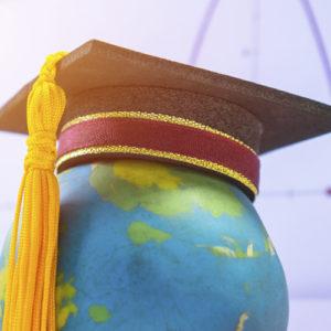 Biret na globusie
