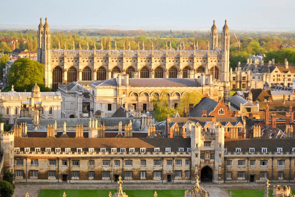 Kurs językowy w Cambridge, widok na budynki uniwersytetu